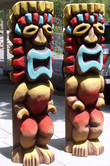 7-ft-tall-waterpark-tikis1